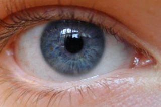 Симптомы и лечение глаз после облучения