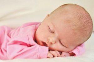 Симптомы и признаки проявления водянки головного мозга у новорожденных