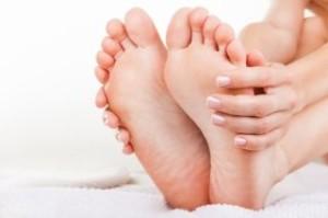Причины и симптомы проявления пяточной шпоры