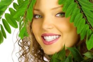 Причины развития и симптомы проявления заболеваний десен и зубов у детей и взрослых