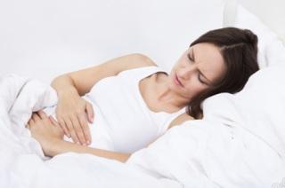 Симптомы и признаки проявления сальпингита.