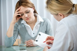 Симптомы и признаки проявления заболевания у женщин.
